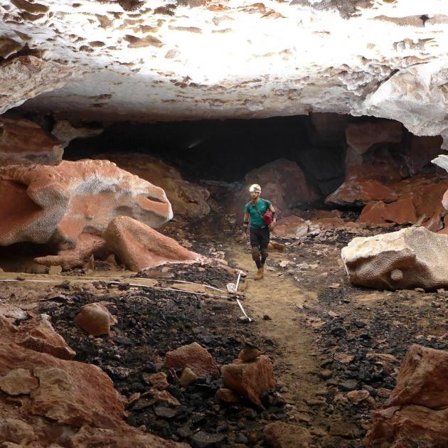 Jewel Cave_Explorer 003