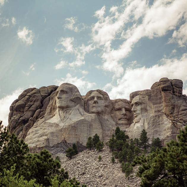 View of Mount Rushmore From Presidential Trail
